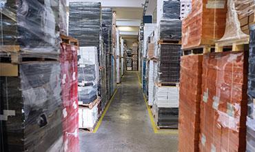 Logistica per scatole su misura e cartoni ondulati.